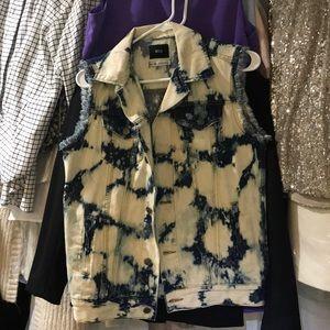 NWOT Acid Wash BDG Oversized Denim Vest